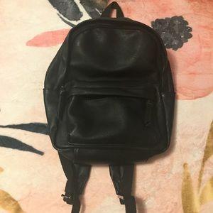 Handbags - 🎒 NWOT Backpack Purse, Black Vegan Leather